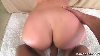 shapely slut dani daniels gets her pretty pussy slammed hard