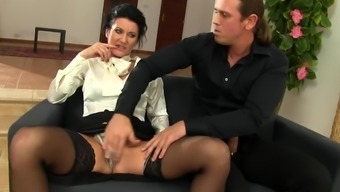 Office bimbo likes to swallow in the end