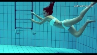 Hot tits and shaved pussy underwater