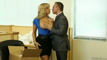 Sexy blonde Alyssa Lynn is passionate about fucking