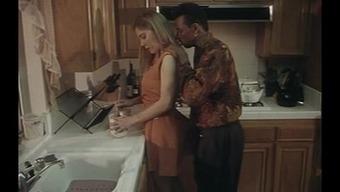 Gorgeous Wife getes BBC in kitchen 207.SMYT