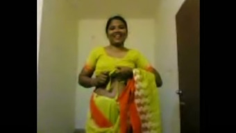 Lewd amateur Indian housewife flashes her ugly natural titties