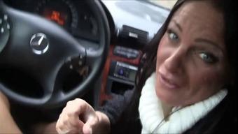 Milf blowjob in car