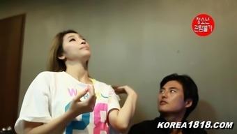 Korean Porn hot Girl in the office!!!