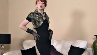 Redhead Mommy With Stockings In Solo Action