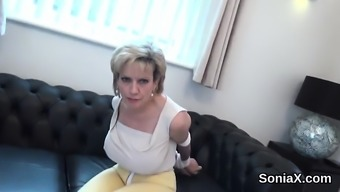 Unfaithful british mature lady sonia pops out her big tits