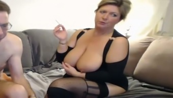 Chubby blonde mature gives me head and rubs her slit