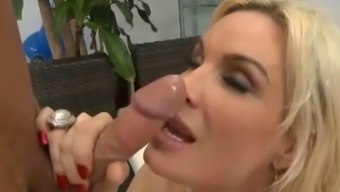 beautiful cougar getting fucked