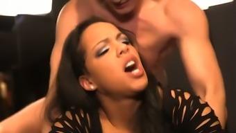 Kinky live show ends up with a kinky MFF threesome with busty Maria Mia