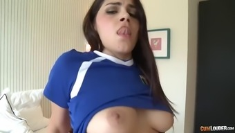 hairy italian pussy of thick valentina nappi is drilled by big spanish dick