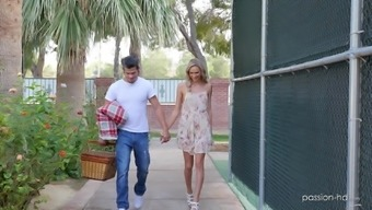 Nothing pleases cute Emma Hix like getting fucked outdoors