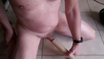 exhibitionist vacuumcleaner cumshot no hands