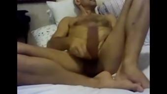 str8 russian daddy,we wanks his huge cock