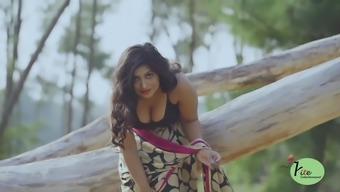 Sexy saree. hot sea beach saree
