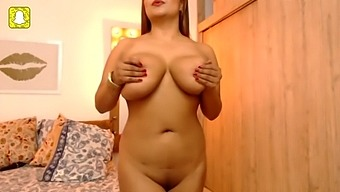 Helen miller 2019 big tits webcam