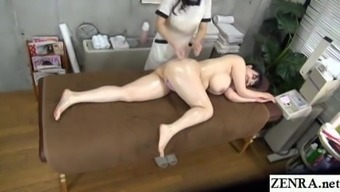 JAV lesbian massage BBW client with huge breasts Subtitles