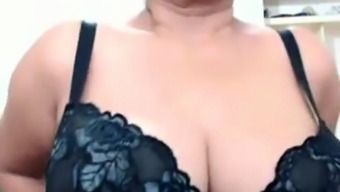 Big tit Asiian mature on cam again