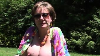 Unfaithful british mature lady sonia unveils her enor40nrR