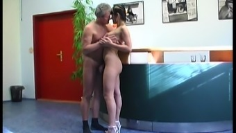 Sweet Brunette Goes Hardcore With A Dirty Guy In An Amateur Clip