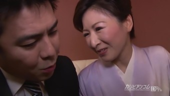 Hitomi Ohashi :: Getting Up For Deal 1 - CARIBBEANCOM