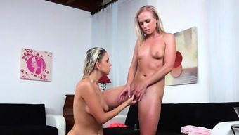 Lovely lesbian teenies get sprayed with pee and burst82NCo