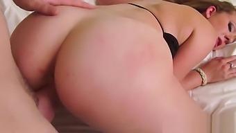Brooke Wylde Flashing Titties For The Camera