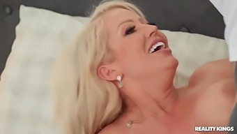 Scott Nails, Alura Jenson And Lexi Lore - A Young Sweet Blondie With An Anal Gape Seduces Her Moms Lover