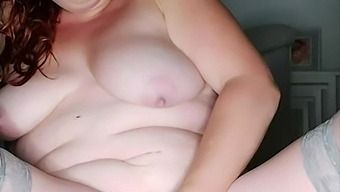 Just love playing with my pussy